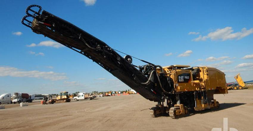 Representing the road building industry, this 2017 Caterpillar PM622 crawler profiler (lot #2128) was the biggest ticket milling machine, selling for $290,000 to a buyer from Virginia.