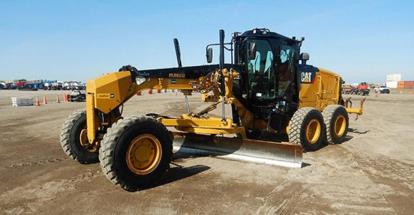 The biggest ticket motor grader at Orlando was this 2016 Caterpillar 140M3 AWD (lot #384) that sold to an online buyer from Spain for $220,000.