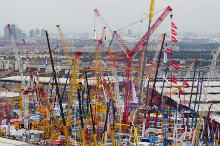 Demand for space at bauma has once again risen, and to cater for it, the exhibition space set aside for bauma this year has been increased once more, by 15,000 square meters as compared to the last event.
