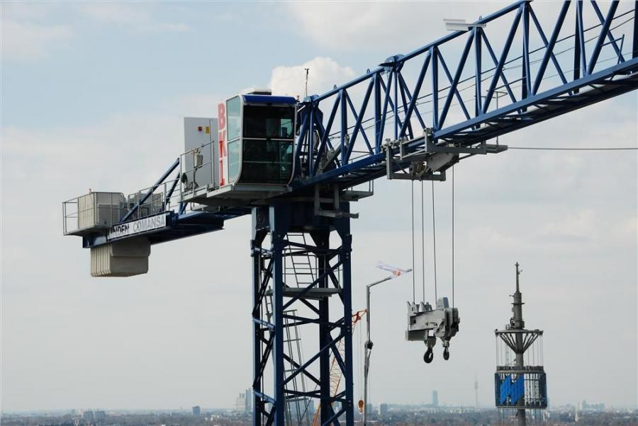 Tower crane manufacturer Linden Comansa closed the Bauma trade show, the most important for the construction machinery sector, surpassing its already high expectations.