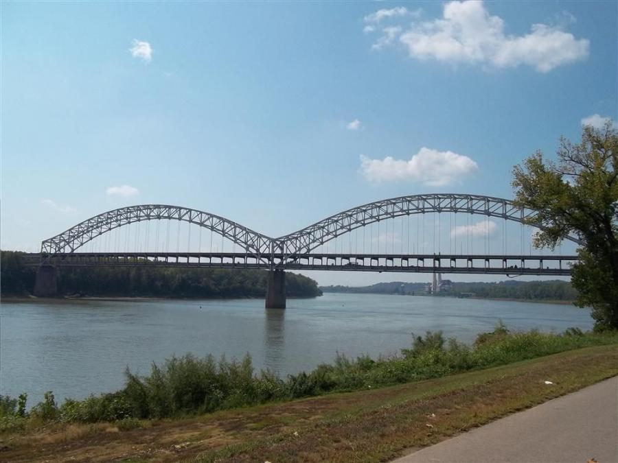 The main span of the Sherman Minton Bridge is 1,600 ft. (487 m)