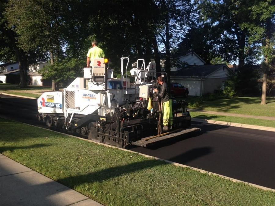 Allied Construction used a Roadtec RX-700e half-lane 755 hp cold planer to mill the road surfaces.