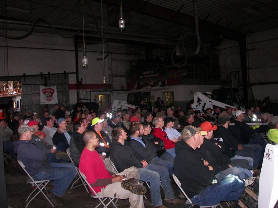 The open house was attended by approximately 400 guests.