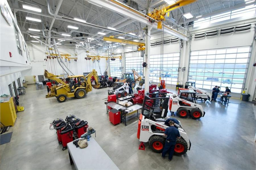 The Heavy Equipment Technology program prepares individuals to perform maintenance, troubleshooting and overhaul of the major components of earthmoving equipment.  Instruction is provided in the classroom on theory, inspection, maintenance, troubleshootin