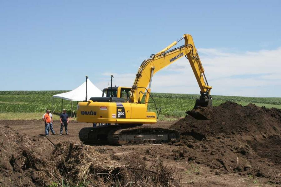This Komatsu PC 200LC is fitted with a Topcon X63 GPS system.