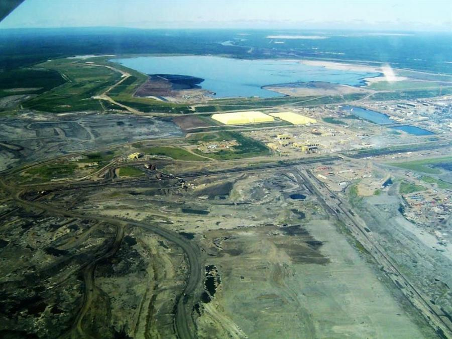 Syncrude's Mildred Lake mine site and plant near Fort McMurray, Alberta.