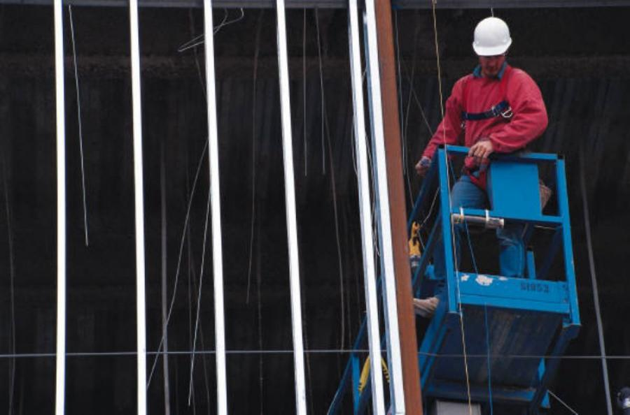 Construction employment expanded in two-thirds of all states in December and in half the nation last year as the industry showed signs of emerging from a six-year slump, according to an analysis by the Associated General Contractors of America of Labor De