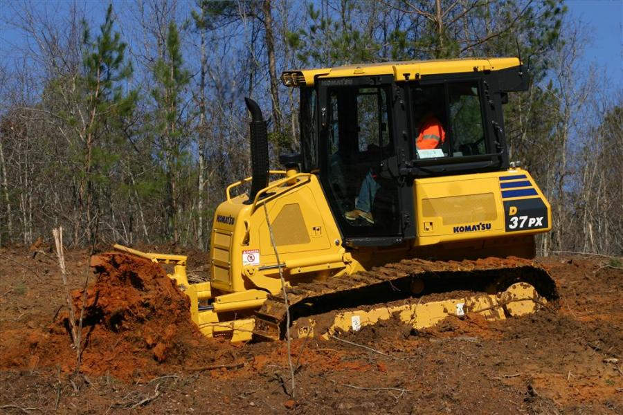 The D37-23 and D39-23 are designed for a wide variety of applications, including land clearing, grading, forestry and site work.