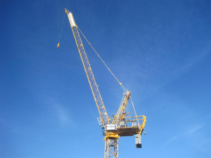 The crane can be utilized in either one-fall or two-fall reeving and is perfect for power plants or high rise buildings, including super tall structures that exceed 656 ft. (200 m) in height.