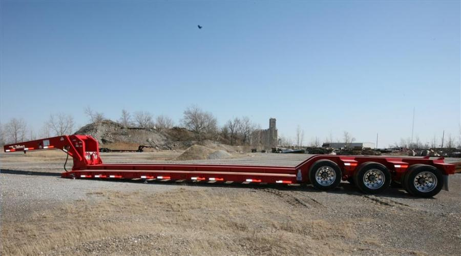 The Talbert 55-ton (49.9 t) raised center trailer features a non-ground bearing gooseneck and a raised 26 ft. (7.9 m) center deck, which allows a 15.5 in. (39 cm) loaded deck side height to accommodate various transport height regulations
