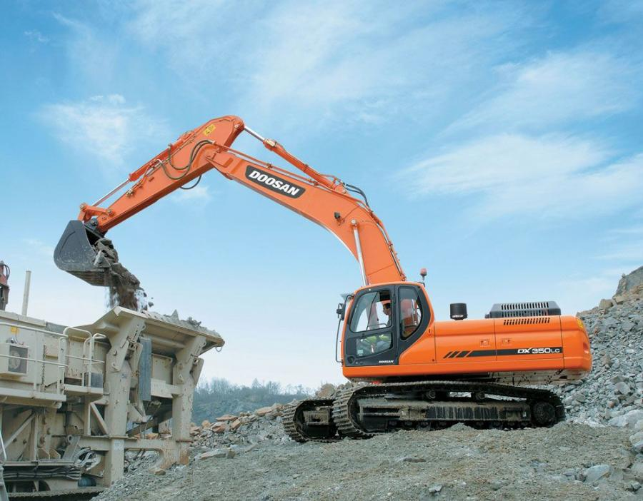 The DX350LC is powered by a 271-hp (202 kW), 6-cylinder Doosan DL08 water-cooled diesel engine.