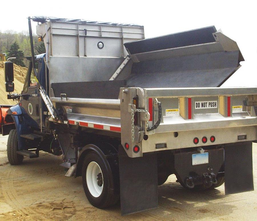 The Sidewinder Jr. delivers salt/sand to the front of the truck's tires through a conveyor system, providing added traction for traveling up and down hilly terrain.
