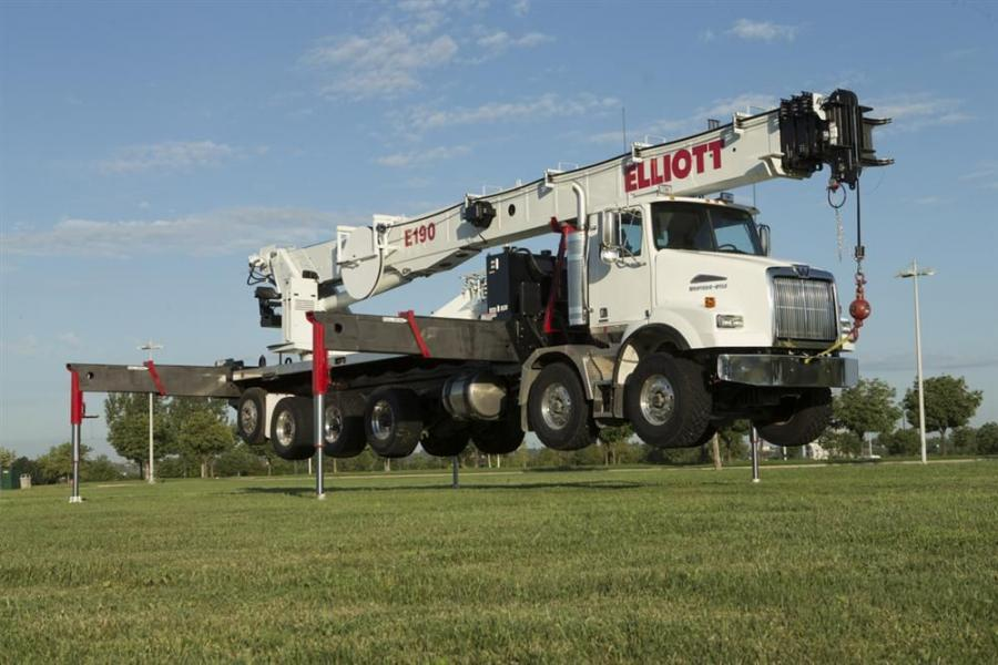 The E190 features a 202 ft. (61.5 m) working height with fiberglass jib extension and extends 190 ft. (58 m) with a fully powered boom.