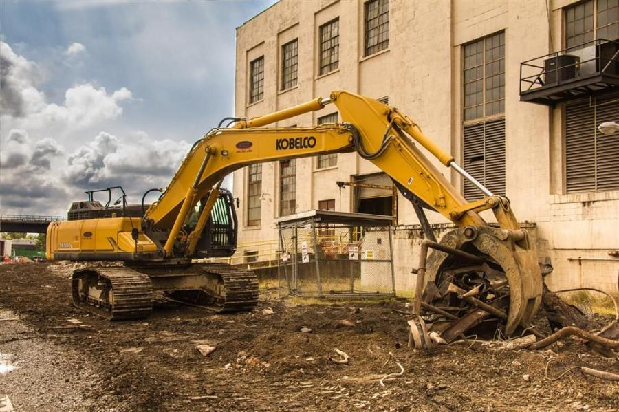 The SK500 mass excavator weighs 117,300 lbs.