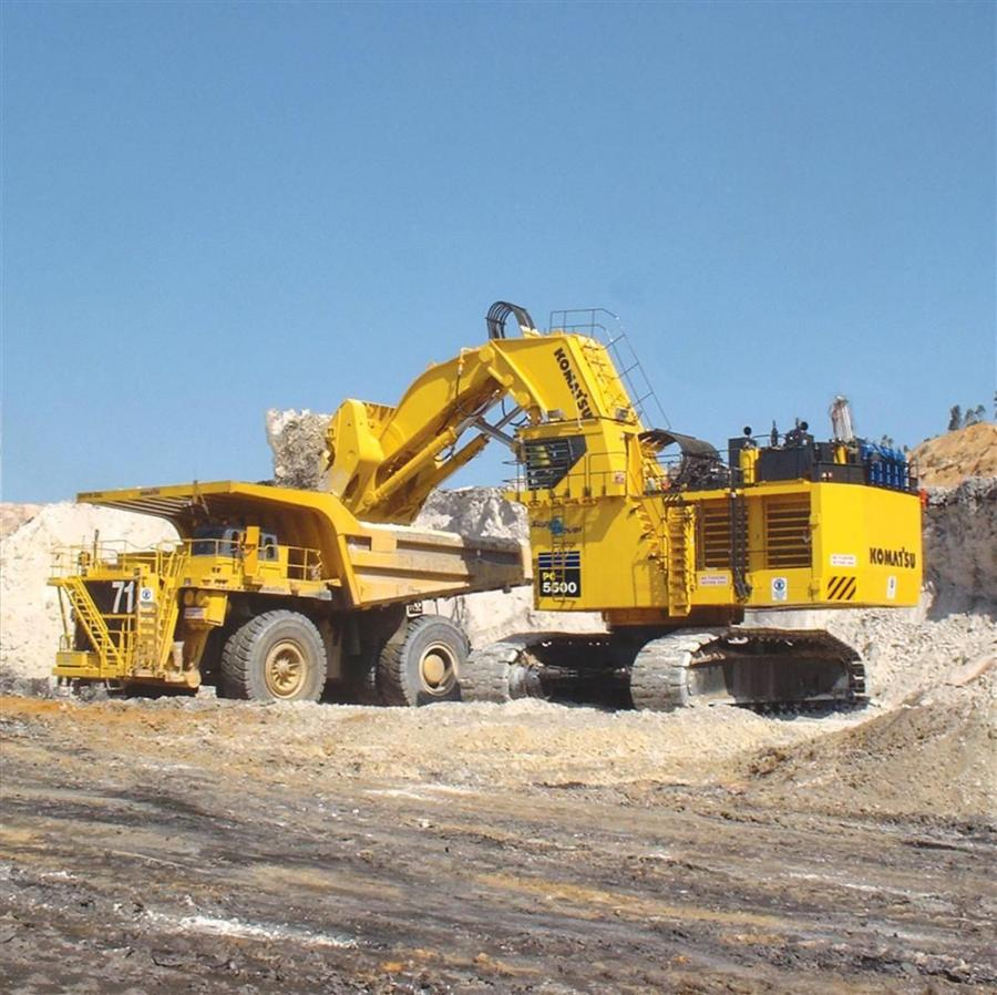 The PC5500 has two powerful Komatsu SDA12V159E-2 diesel engines. Both engines are rated 1,260 hp (939 kW).