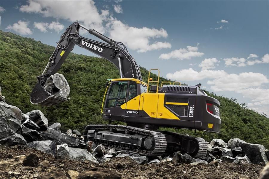 Powered by a Tier IV Final Volvo D13 engine, the EC380E delivers high digging and breakout forces alongside reduced emissions with a 9 percent improvement in fuel efficiency.
