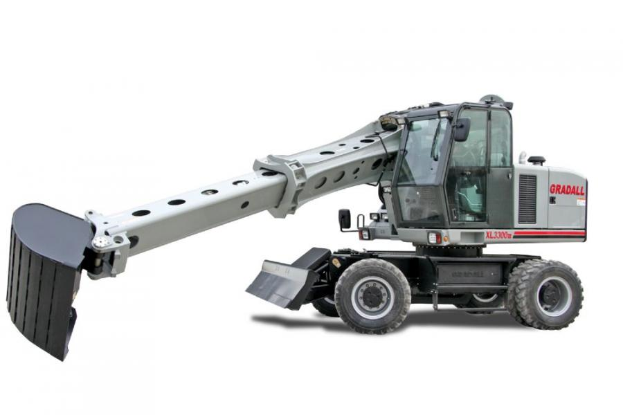 The XL 3300 III has a compact profile with a new rear counterweight design, resulting in a rear swing of just 7 ft. 6 in. (2.3 m), enabling the excavator to work in traffic lanes without closing the road.