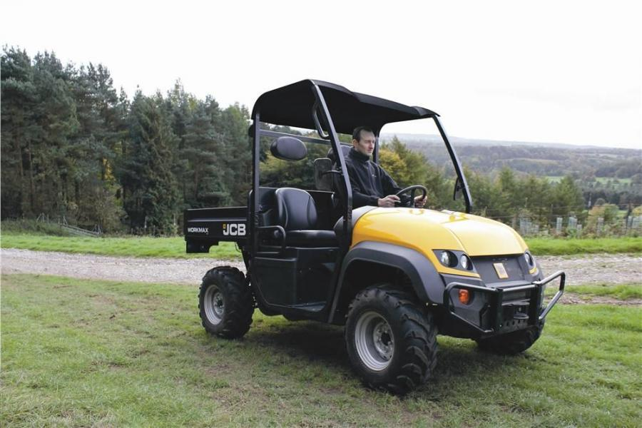 The JCB Workmax 800 D offers 1,323 lb. (600 kg) maximum payload and will appeal to a wide variety of sectors including rental, utilities, recreation, golf courses, sports arenas, landscape yards, theme parks and zoos.