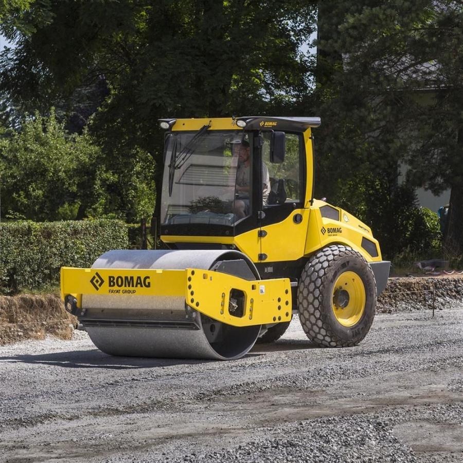 """Part of Bomag's new """"Dash 5"""" Series of single drum rollers, the smooth drum BW177DH-5 and padfoot drum BW177PDH-5 feature a dual travel pump drive system for increased gradeability."""