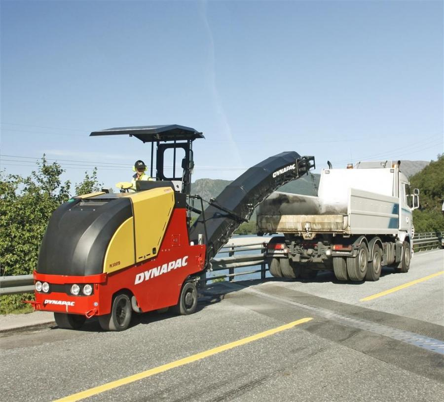 The cold planers feature a maximum cutting depth of 6.3 in. (16 cm) for the PL500T and 7.9 in. (20 cm) for the PL500TD. Each model is powered by a step-3 compliant Cummins QSB 4.5 C110/C130 diesel engine.