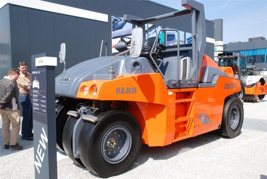 The Hamm GRW 280 pneumatic roller has an operating weight between 10 and 30 tons (9 and 27 t).