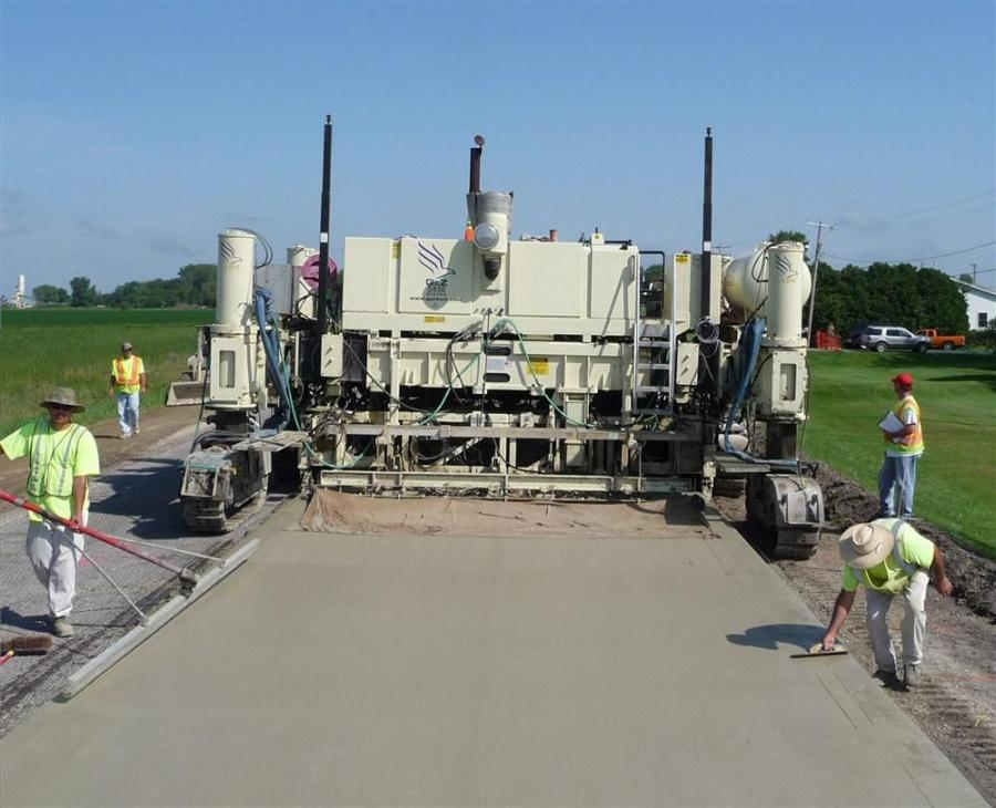 Leica PaveSmart 3D LMGS-S system used on a paving application.