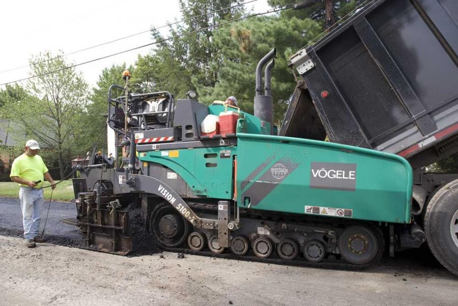 The tracked Vision 5100-2 asphalt paver is 18 ft. 2-in. (5.5 m) long, and with the standard E-Z IV screed, permits 8 to 15 ft. (2.4 to 4.6 m) of paving width, at a weight of 34,050 lbs. (15,445 kg).
