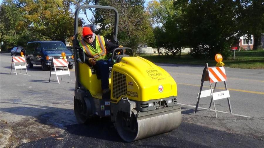 Wacker Neuson's RD 16-90 has an operating weight of 3,274 lbs. (1,485 kg) and with both the front and rear drums in the vibration mode, it can produce up to 6,800 lbs. of total centrifugal force.