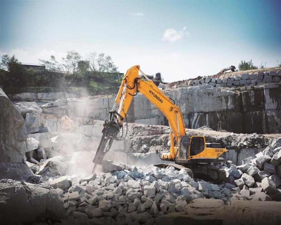 Hyundai's HDB210 breaker in action.