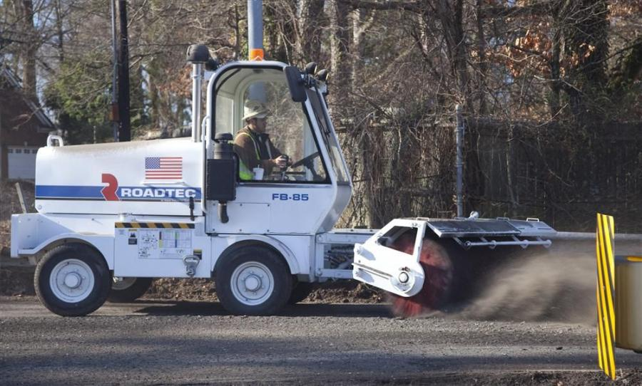 The new heavy-duty, self-propelled broom by Roadtec features a telescoping broom head.