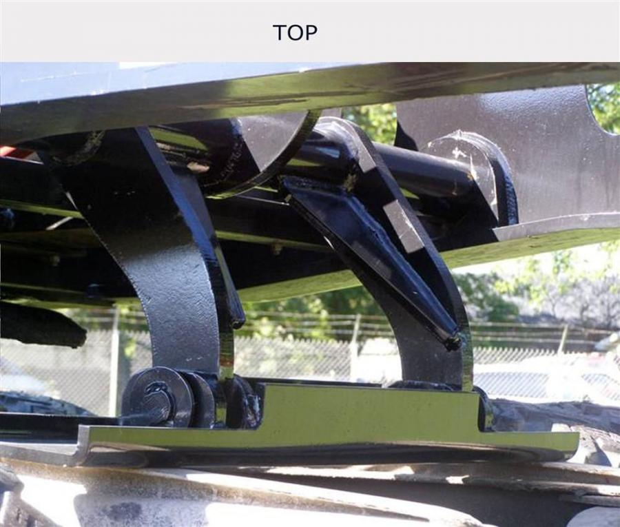 Rogers new gooseneck jack paddle requires little or no tractor modification and offers plenty of lift distance.
