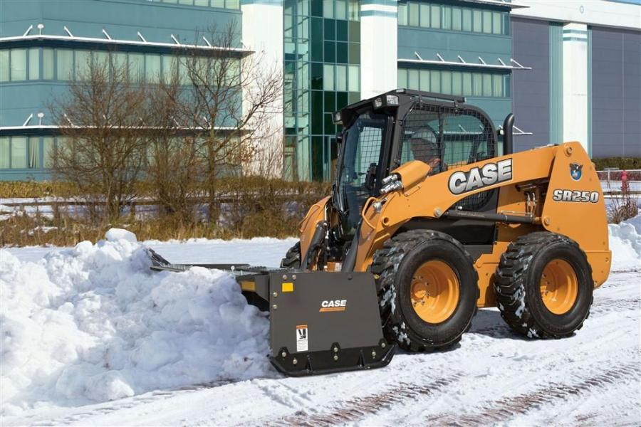 The new snow removal package includes high-flow auxiliary hydraulics that provide up to 37.6 gpm (142 L) for use with snow blowers and brushes.