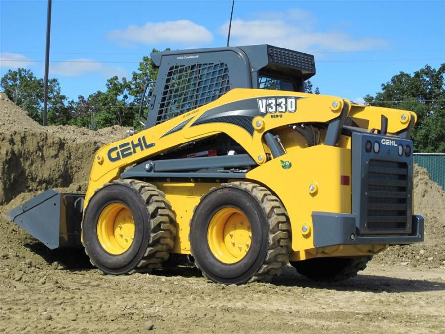 The V270 GEN:2 and V330 GEN:2 vertical-lift skid loaders fall into the large-frame category. The rated operating capacity on the V270 GEN:2 is 2,700 lbs. (1,225 kg).