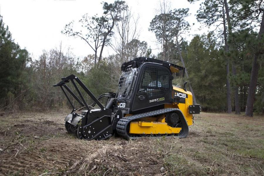JCB has developed the 325T ForestMaster, a compact track loader designed specifically to deal with the arduous working conditions found in the forestry and timber industries.