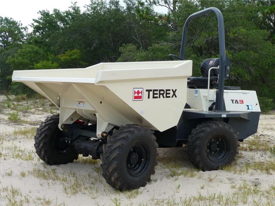 Designed with narrower dimensions and a tighter turning radius, the new Terex TA2H, TA2SH, TA3H and TA3SH site dumpers have enhanced maneuverability to work efficiently in tight places.