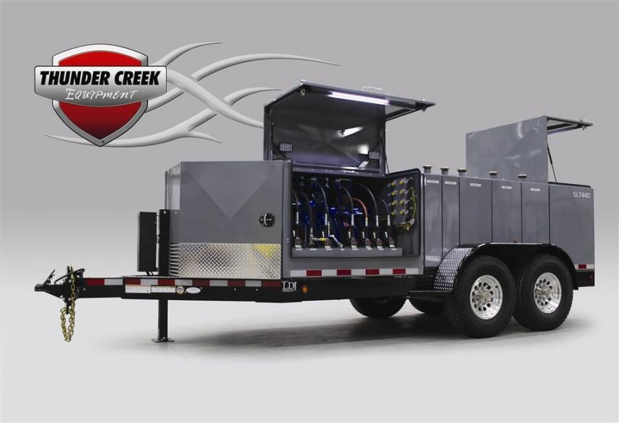 This trailer holds 440 gal. (1,666 L) of fluid in combinations of 25, 55 and 110 gal. (94.6, 208 and 416 L) capacities. It can be configured with up to eight tanks.