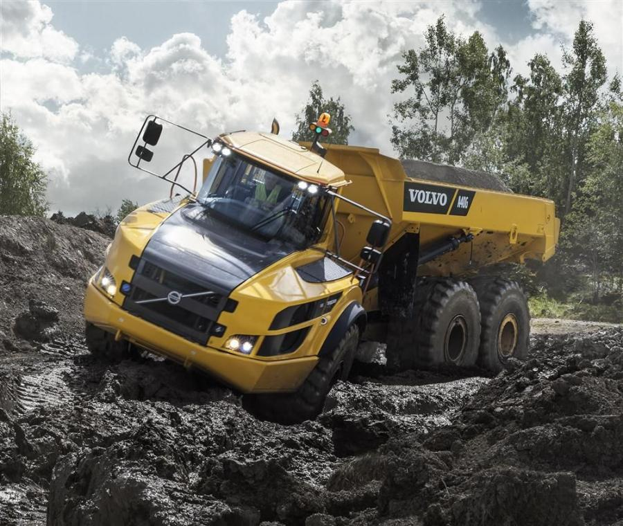 To keep the G-Series sure-footed in even the most demanding job sites, automatic traction control (ATC) and differential locks are standard.