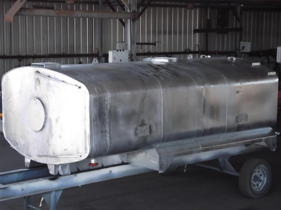 Truck works is not using hot-dip galvanizing on liquid transportation tanks.
