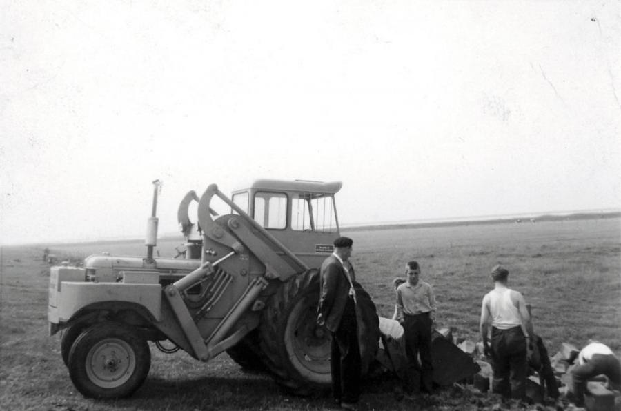 Van Werven bought its first Volvo Construction Equipment machine in 1969, the H10 back-end loader.