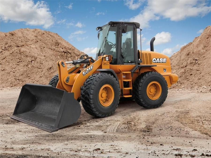 The Case 521F wheel loader is available in standard Z-bar, extended reach and tool-carrier models.