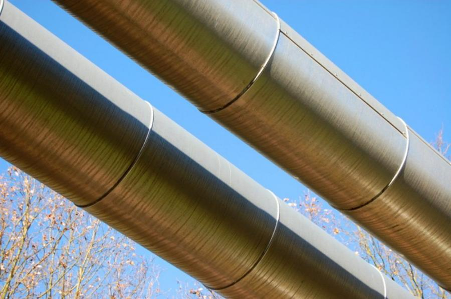 Enbridge Inc., Canada's largest transporter of crude, said March 27 it will expand its Flanagan South Pipeline from Flanagan, Ill., to Cushing, Okla., to a 36-in. (91 cm) diameter line with a capacity of 585,000 barrels per day.