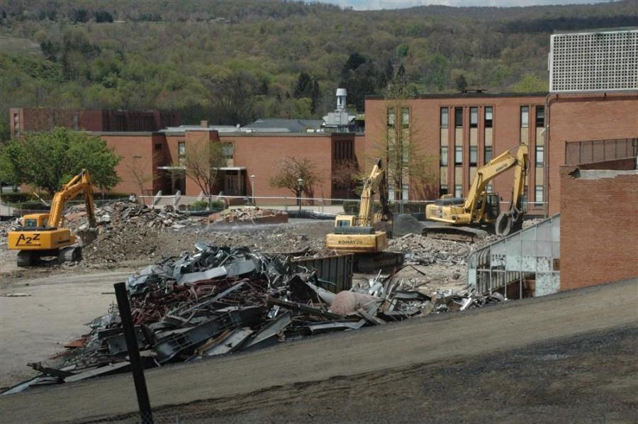 The project included the abatement and demolition of Tawes Hall, a building in the middle of the FSU campus, to make room for the new 127,000 sq.-ft. Center for Communication and Information Technology.