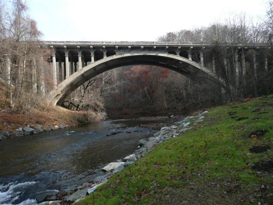 Shown here is the existing U.S. 40 Bridge as it is today.