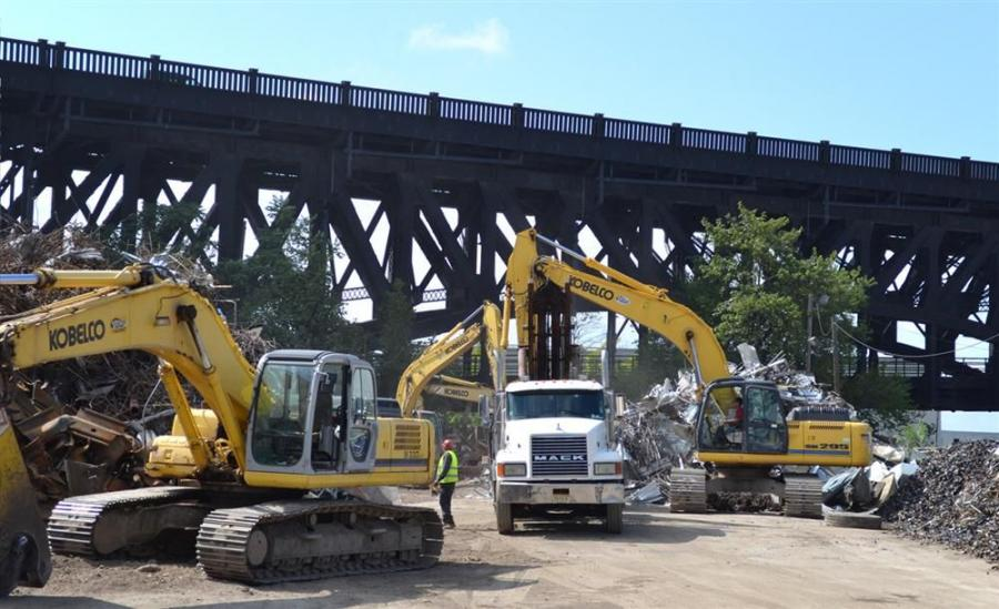 Cinelli Scrap Metal currently owns five Kobelco excavators, all purchased through Harter Equipment: a 250, a 270, a 290, a 330 and a 295, each equipped with either a grapple, shear, magnet or bucket.