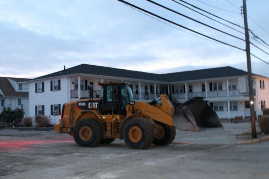 Ferreira Construction crews used Cat equipment as key tools in the cleanup after Superstorm Sandy.
