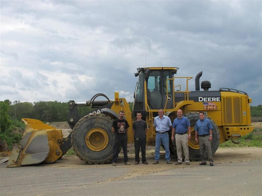 (L-R) are Brian Johnson, operator, EME; Greg Walyn, operator, EME; Keith Prince, vice president, EME; Gregg Swartz, territory manager, JESCO; and Bob Petrosino, territory finance manager, John Deere Financial.