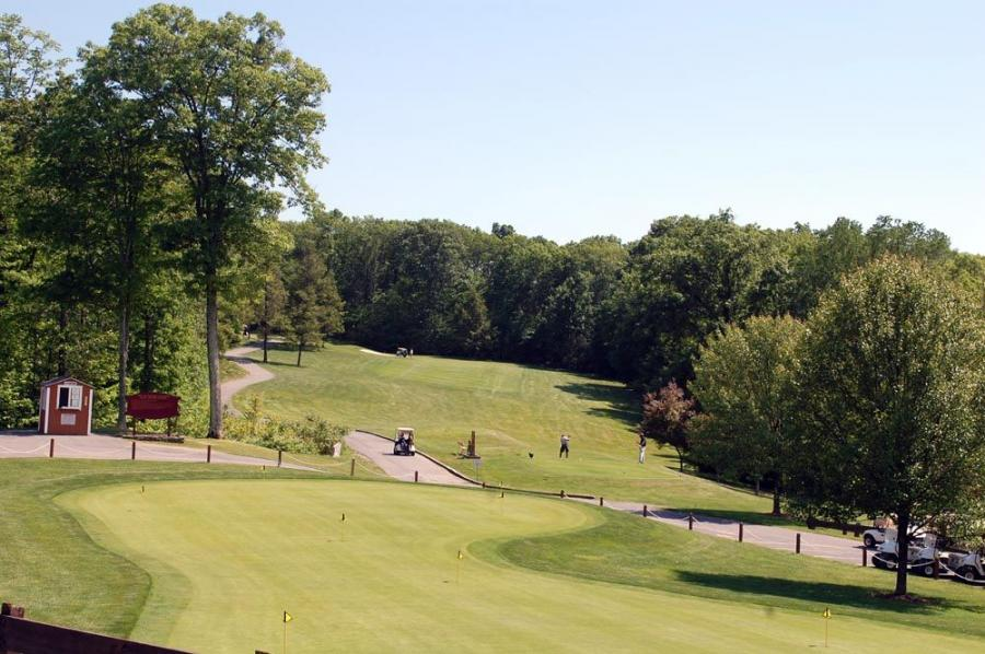 The stunning Town of Wallkill Golf Club in Middletown, N.Y., hosted the 4th annual Pine Bush Equipment Golf Tournament.
