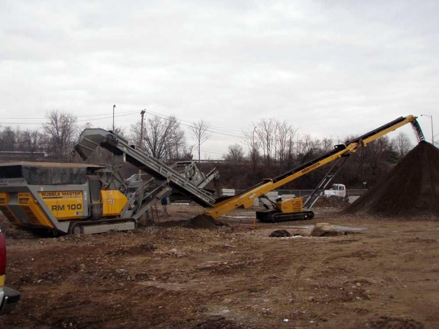 Cavaliere Onsite Recycling was able to cut manpower by one-third with the addition of Anaconda Conveyors.