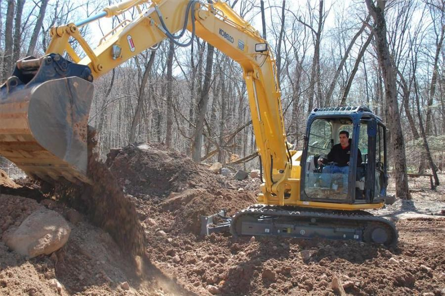 Joe D'Auria operates the Kobelco SK160.