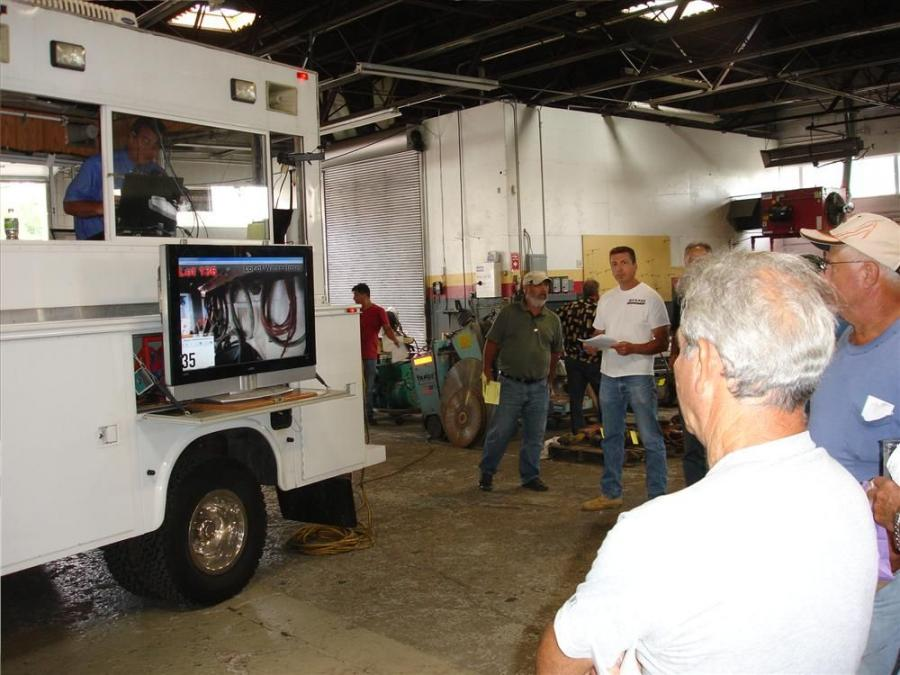 Petrowsky gives its attendees great mobility and offers them the chance to gather around the television screen to view the lots for sale from a remote location at the site.